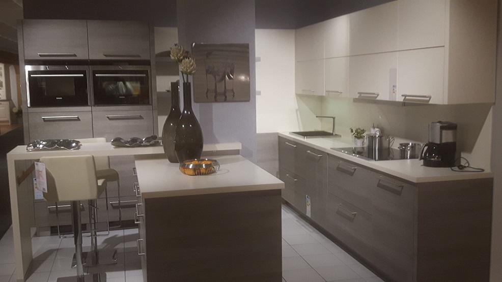 einbaukche augsburg stunning best einbaukche with zeyko kchen preis with einbaukche augsburg. Black Bedroom Furniture Sets. Home Design Ideas