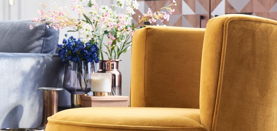 Sessel und Sofas mit Samtbezügen