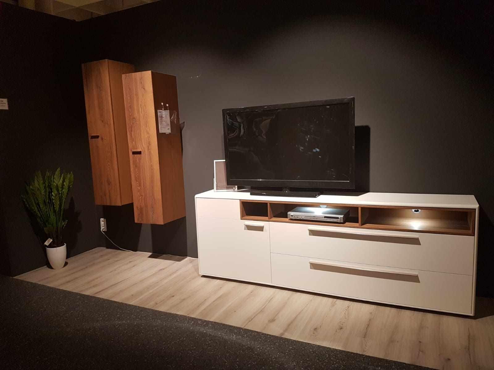 m bel kraft wohntrends in unserem m belhaus in vogelsdorf. Black Bedroom Furniture Sets. Home Design Ideas
